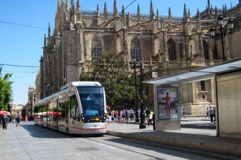 Tranvia ciudad de Sevilla
